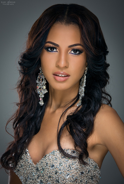 Sherrece Villafana - Miss World 2013