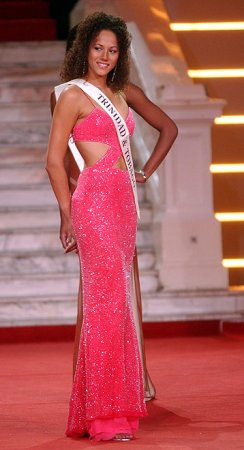 Teneke De Freitas - Miss T&T World 2006